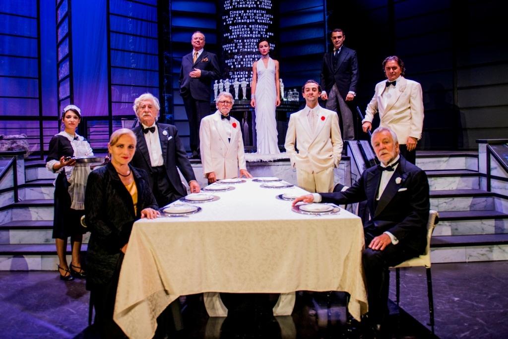 """Photo of Teatro Quirino – """"Dieci Piccoli indiani"""" di Agatha Christie con la regia di spagnolo Ricard Reguant"""