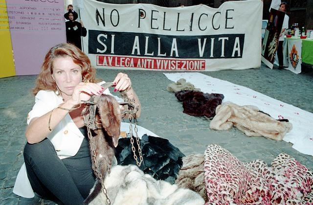 Photo of Morta a Marina Ripa di Meana. Da 16 anni combatteva contro il cancro
