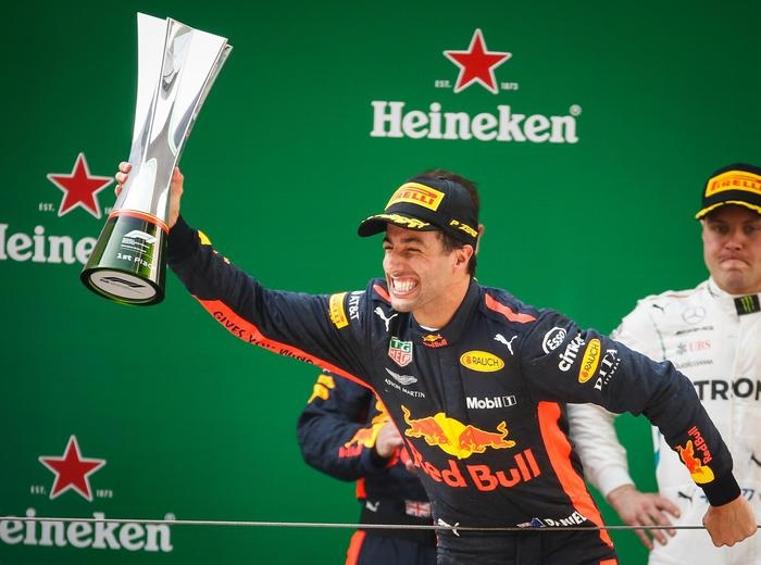 Photo of GPF1 Cina: Ricciardo, Bottas e Raikkonen sul podio