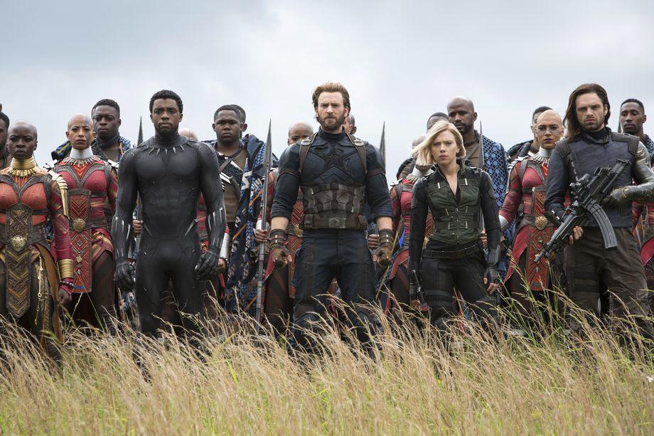 """Photo of """"Avengers: Infinity War"""" – Gli eroi di Marvel insieme appassionatamente nella guerra infinita"""