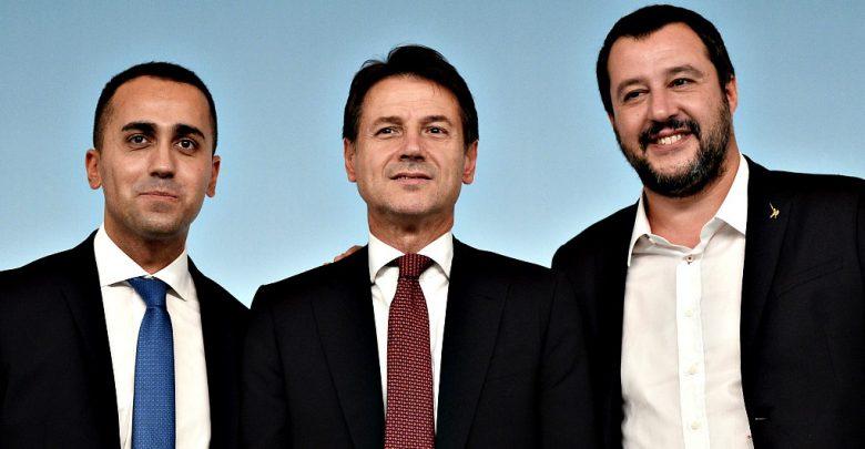 (Foto Fabio Cimaglia / LaPresse) di-maio-conte-salvini