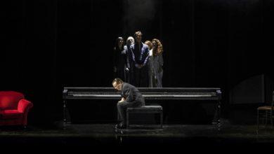 Photo of Teatro Quirino – Il Gabbiano di Cechov per la regia di Giancarlo Sepe con Massimo Ranieri e Caterina Vertova.