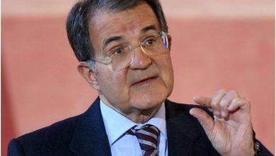 Photo of Quando Prodi mandò la Marina Militare a fermare l'esodo degli albanesi…La situazione in Puglia..allora..