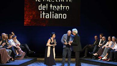 Premio maschere - Vincenzo Pirrotta al centro alla premiazione