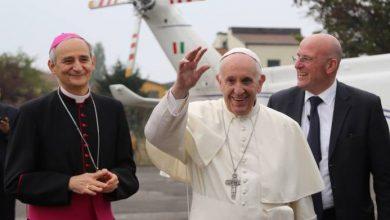 Photo of Bergoglio nomina Cardinale l'allineato Arcivescovo di Bologna Matteo Maria Zuppi, che ha presentato il suo libro nel centro sociale