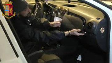 Photo of Sequestrati 110 chili di hashish. Arrestato un romano
