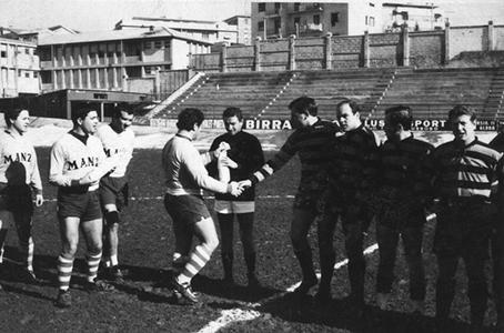 Rugby civita-l'aquila 1feb66 - consegna bottiglia