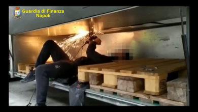 Gdf Napoli sequestro hashish 09.10.2020