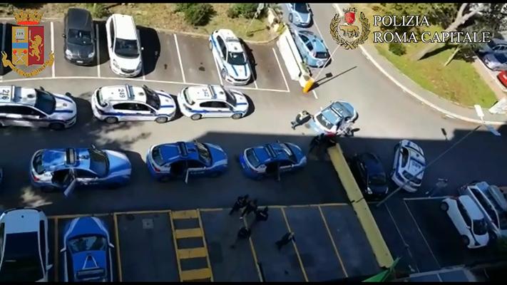 ps-pol-loc-3 municipio arresto 5 persone 04.03.2021