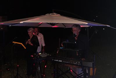 MISEFERI-canta con il duo