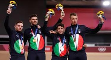 Tokyo Olimpiadi ciclismo pista Consonni, Ganna, Lamon, Milan 04.08.2021 (foto web)