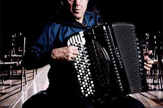 spettacolo Richard-Galliano (foto web di Vincent-Catala.jpg)